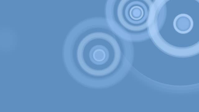 Ringe in Weiß auf Blau Hintergrund