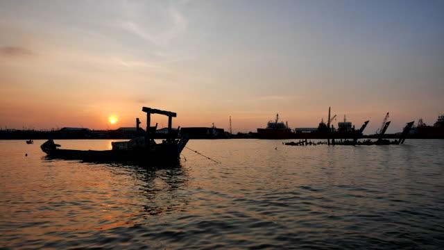 vídeos y material grabado en eventos de stock de cirebon harbour - java