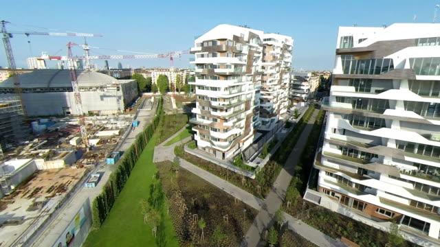 街の空からの眺め(ドローンビデオ)