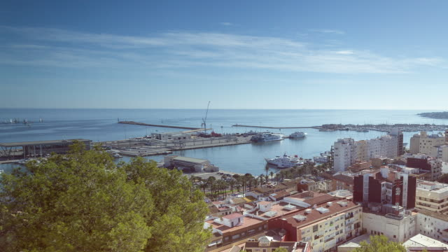 city and port of denia from castle - time lapse - vacancyサイン点の映像素材/bロール