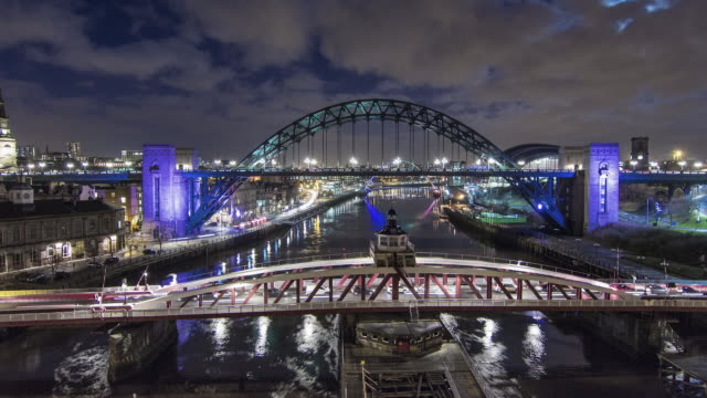 city at night - newcastle upon tyne video stock e b–roll