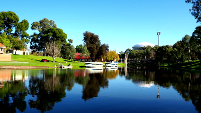 city bridge - adelaide, australia - adelaide river stock videos & royalty-free footage