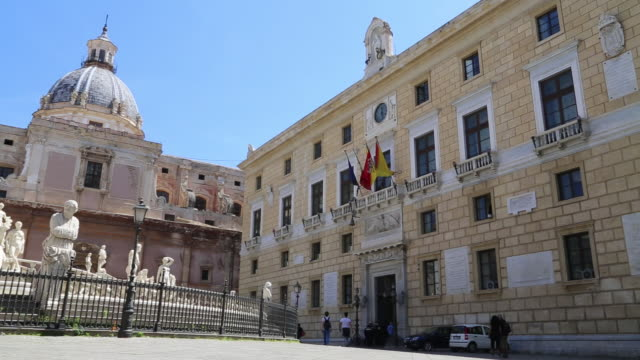 city hall, palace of the eagles(palazzo delle aquile), view of the faã§ade, palermo, sicily - town hall stock videos & royalty-free footage