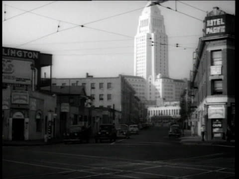 vídeos de stock e filmes b-roll de 1944 city hall seen from japanese district / los angeles, california, united states - 1944