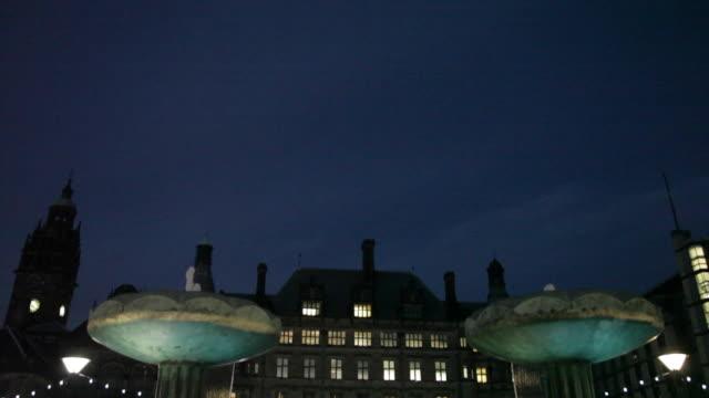 city hall, sheffield, south yorkshire, england, uk, europe - sheffield video stock e b–roll