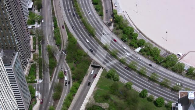 シカゴの街の交差点 - シカゴ市点の映像素材/bロール