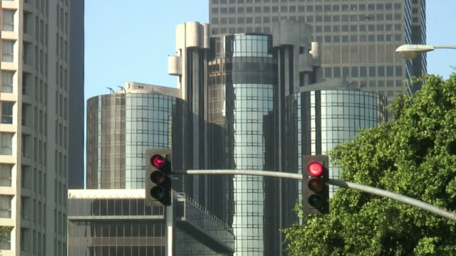 HD1080i ville carrefour (feu de signalisation) devient vert