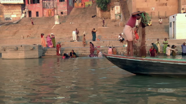 ws pov city life at river ganges / varanasi, uttar pradesh, india - religion stock videos and b-roll footage