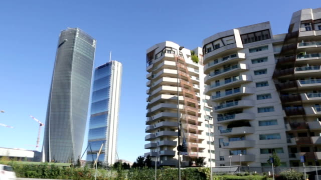 city life district in milan, italy - vita cittadina video stock e b–roll
