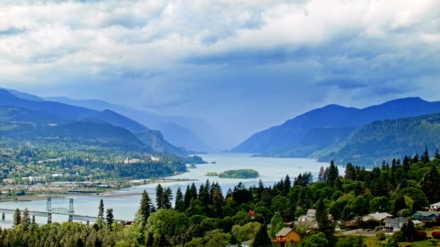 city of hood river storm columbia river gorge oregon 43 - columbia river gorge stock videos & royalty-free footage