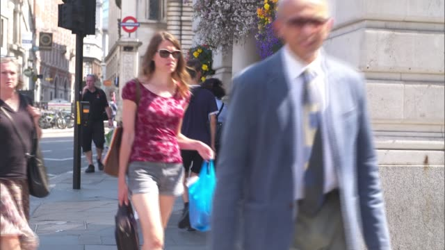 city of london buildings and gvs uk london city of london gvs filmed on hottest july day ever recorded in uk london the city ext wide shot of royal... - financial building stock videos and b-roll footage