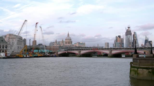 Stadt von London aus dem Südwesten