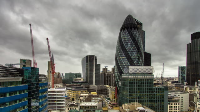 city of london on overcast day - time lapse - construction machinery stock videos & royalty-free footage