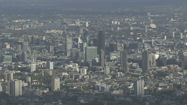 AERIAL WS City of London