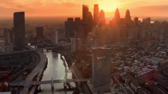 aerial city of philadelphia at sunrise - philadelphia pennsylvania video stock e b–roll