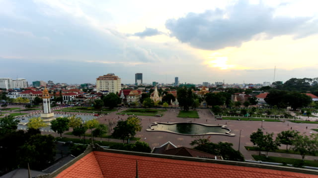 city of phnom penh, cambodia, time lapse at sunset - phnom penh stock videos and b-roll footage