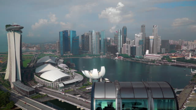 city skyline, marina bay, singapore, south east asia - big wheel stock videos & royalty-free footage