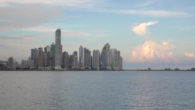 stockvideo's en b-roll-footage met city skyline, panama city, panama, central america - panama