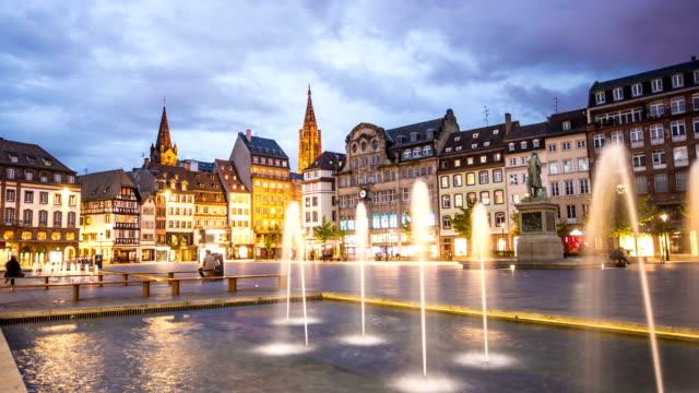 vídeos de stock e filmes b-roll de city strasbourg, time lapse - estrasburgo