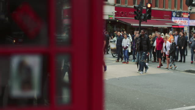 city street of london - pay phone stock videos and b-roll footage