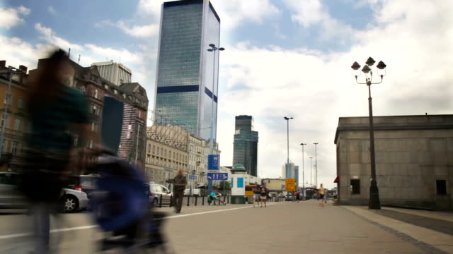 city traffic and pedestrians time lapse - warsaw stock videos and b-roll footage