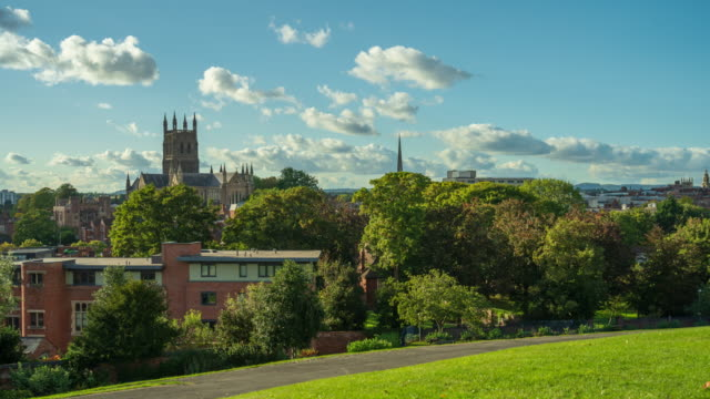 city view of worcester and worcester cathedral in worcestershire, uk - 4k time-lapse - basilica stock videos & royalty-free footage