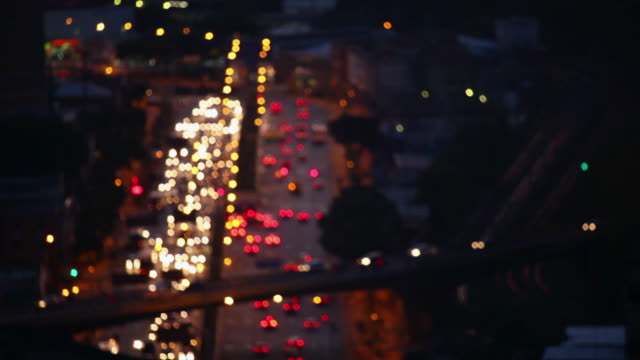 ws city view streets and traffic cars city at night time / belo horizonte, minas gerais, brazil - horizonte stock videos & royalty-free footage