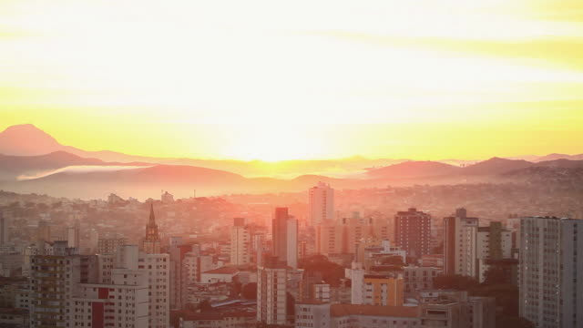 ws t/l city view sunset at mountains / belo horizonte, minas gerais, brazil - belo horizonte stock videos and b-roll footage