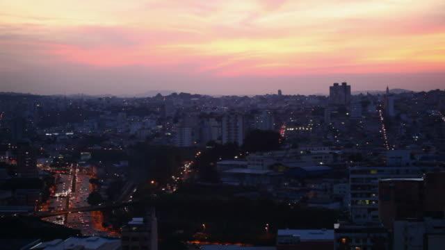 ws city view sunset / belo horizonte, minas gerais, brazil - horizonte stock videos & royalty-free footage