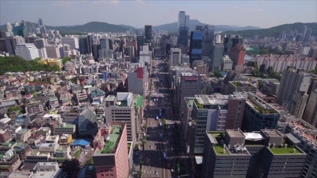 cityscape around gangnam station and nonhyeon station, seoul - wolkenloser himmel stock-videos und b-roll-filmmaterial