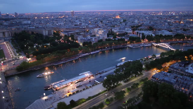 ws ha cityscape at dusk / paris, france - paris france点の映像素材/bロール
