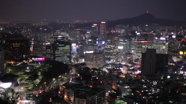 ws ha cityscape at night / seoul, south korea - ソウル点の映像素材/bロール