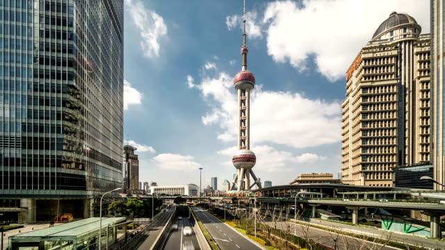 t/l ws la cityscape of shanghai / shanghai, china - 東方明珠塔点の映像素材/bロール