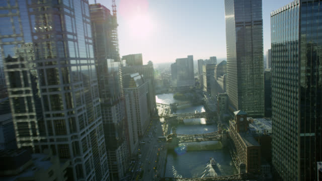 ws pov cityscape with bridge - chicago river stock videos & royalty-free footage