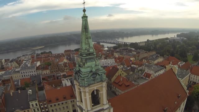 cityscape with church of the holy spirit in torun, poland - varsavia video stock e b–roll