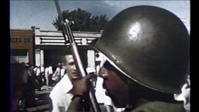 civil rights activists marching the national guard present during march and chicago police arresting people in chicago's suburb cicero on september 4... - 1966 stock-videos und b-roll-filmmaterial