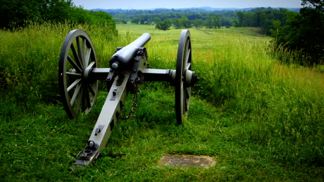 us civil war cannon tilt from gettysburg national military park - slavery stock videos & royalty-free footage