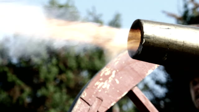 civil war in the us - shot of an old cannon - artillery stock videos & royalty-free footage