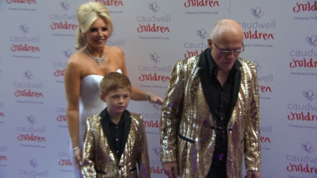 vídeos y material grabado en eventos de stock de claire caudwell john caudwell at the caudwell children butterfly ball at the grosvenor house hotel on june 25 2015 in london england - hotel grosvenor house londres