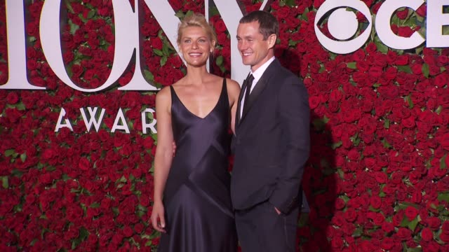claire danes and hugh dancy at 2016 tony awards red carpet at the beacon theatre on june 12 2016 in new york city - 70th annual tony awards stock videos and b-roll footage