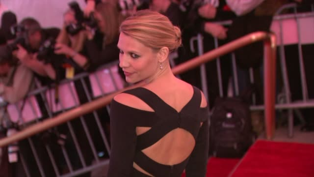 claire danes at the superheroes fashion and fantasy costume institute gala at the metropolitan museum of art at the metropolitan museum of art in new... - claire danes stock videos and b-roll footage