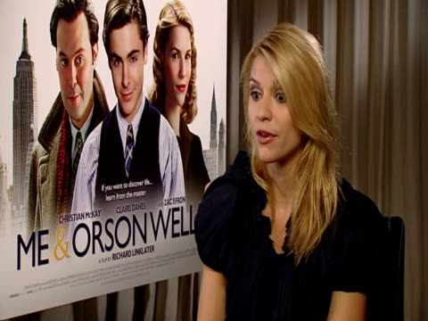 stockvideo's en b-roll-footage met claire danes on how she first met richard linklater when she was twelve and auditioned for dazed confused at the me orson welles interviews at london... - richard linklater