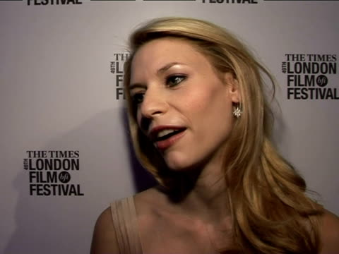 claire danes on the other characters in the film at the the times bfi 49th london film festival shopgirl premiere on october 28 2005 - claire danes stock videos and b-roll footage