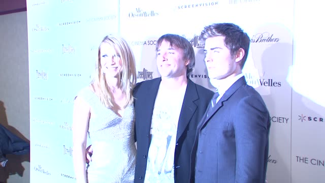 stockvideo's en b-roll-footage met claire danes richard linklater and zac efron at the the cinema society hosts a screening of 'me and orson welles' premiere at new york ny - richard linklater