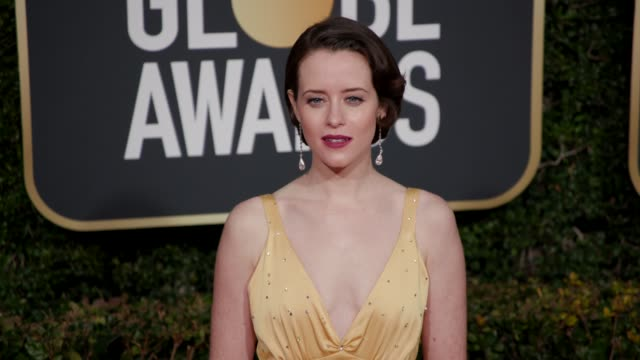 stockvideo's en b-roll-footage met claire foy at 76th annual golden globe awards arrivals in los angeles ca 1/6/19 4k footage - golden globe awards