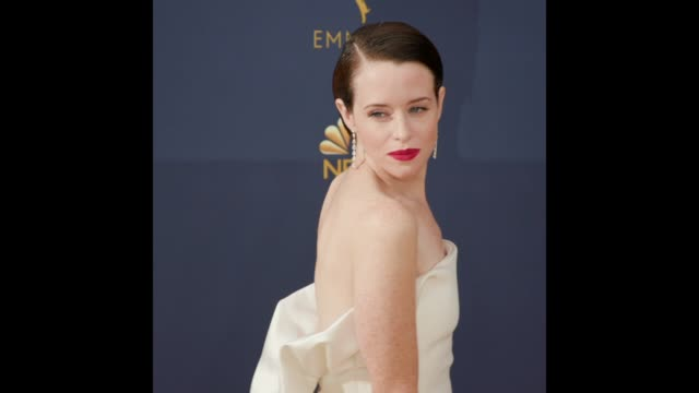 vídeos de stock, filmes e b-roll de claire foy at the 70th emmy awards arrivals - 70th annual primetime emmy awards