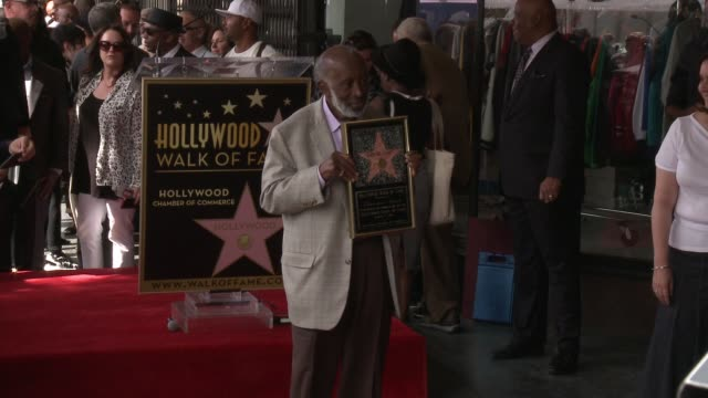 chyron clarence avant honored with star on the hollywood walk of fame on october 07 2016 in hollywood california - quincy jones stock videos & royalty-free footage