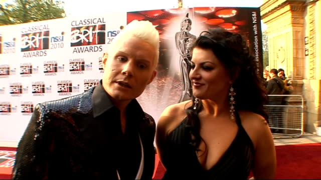 classical brit awards 2010 rhydian roberts photocall on red carpet with jodie prenger rhydian roberts and jodie prenger interview sot on rhydian... - reality tv stock videos & royalty-free footage