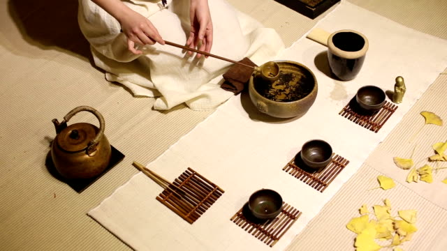 vídeos y material grabado en eventos de stock de classical tea ceremony. - sado