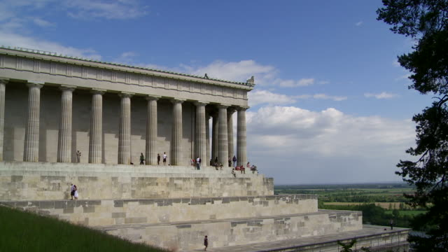 classicist temple time lapse - kunst stock videos & royalty-free footage